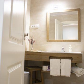 Baño habitacion 3 Rosa Del Azafran